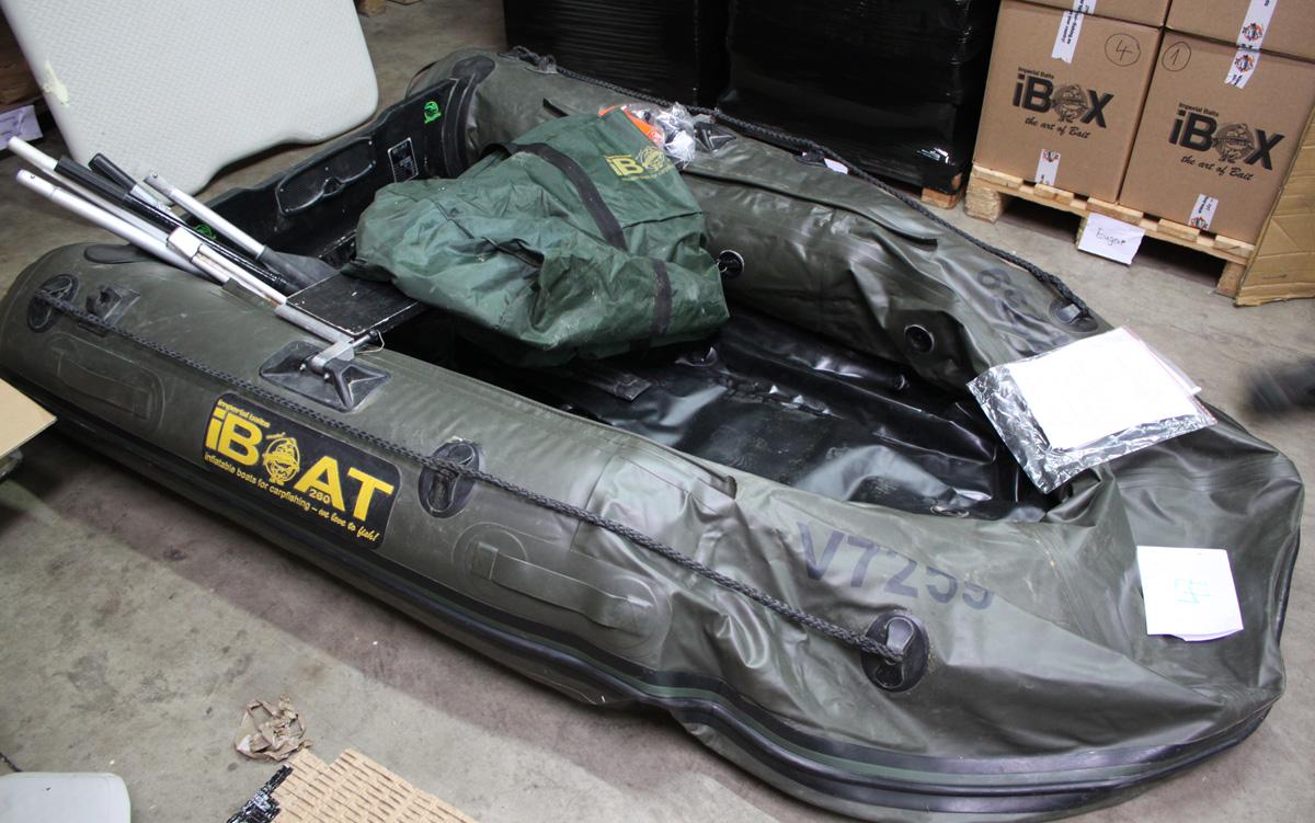 iBoat 260 - green