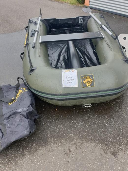 iBoat 260 (GEN2 / 2014) in grün in leicht gebrauchtem Zustand